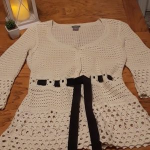 Ann Taylor small crocheted sweater